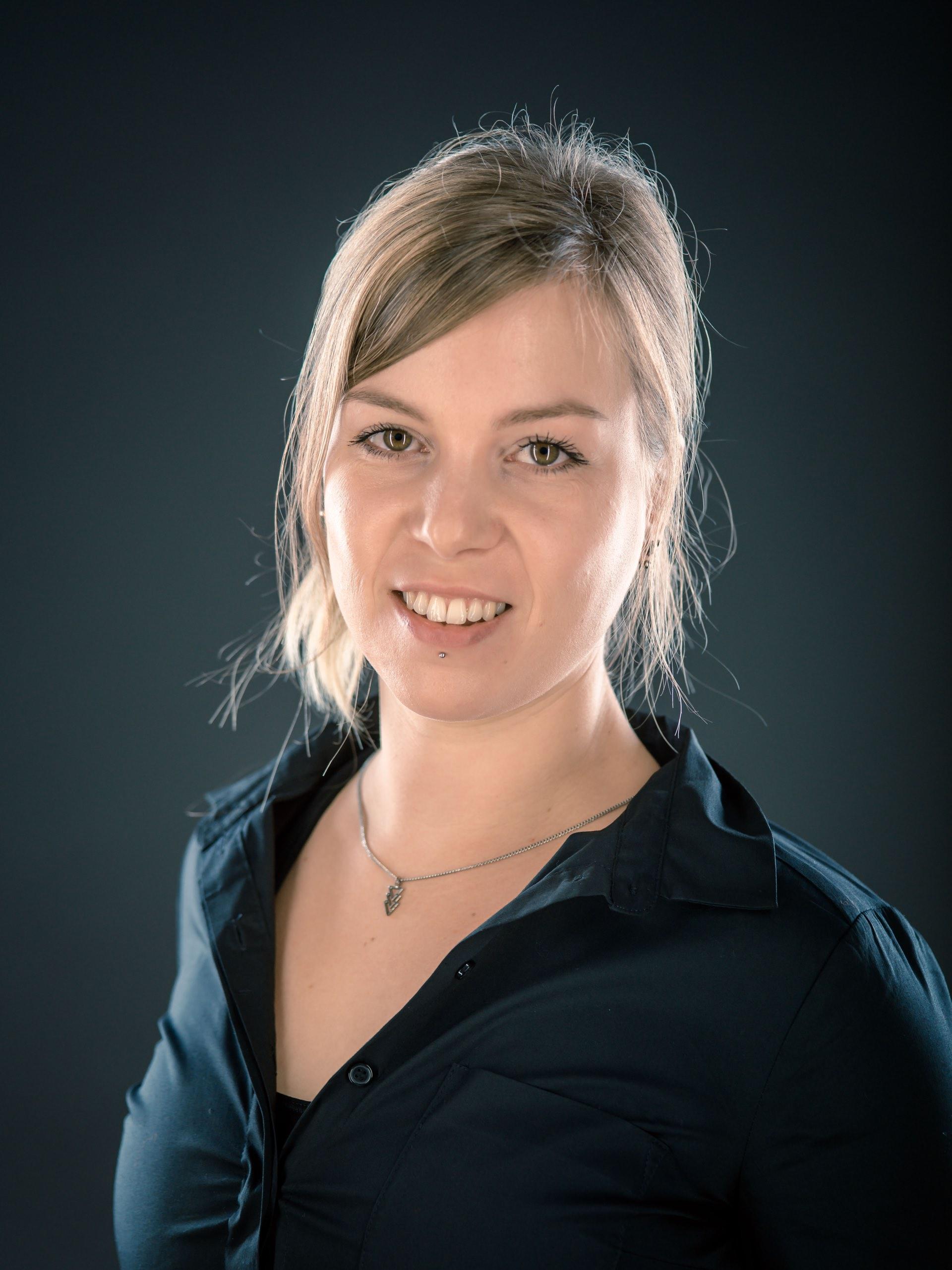 Alexandra Dinter